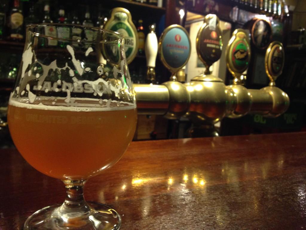 Jacobsen at oldest bar
