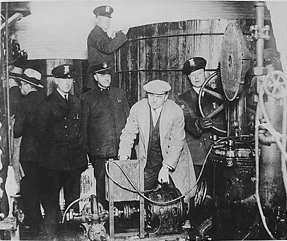 https://en.wikipedia.org/wiki/Prohibition_in_the_United_States
